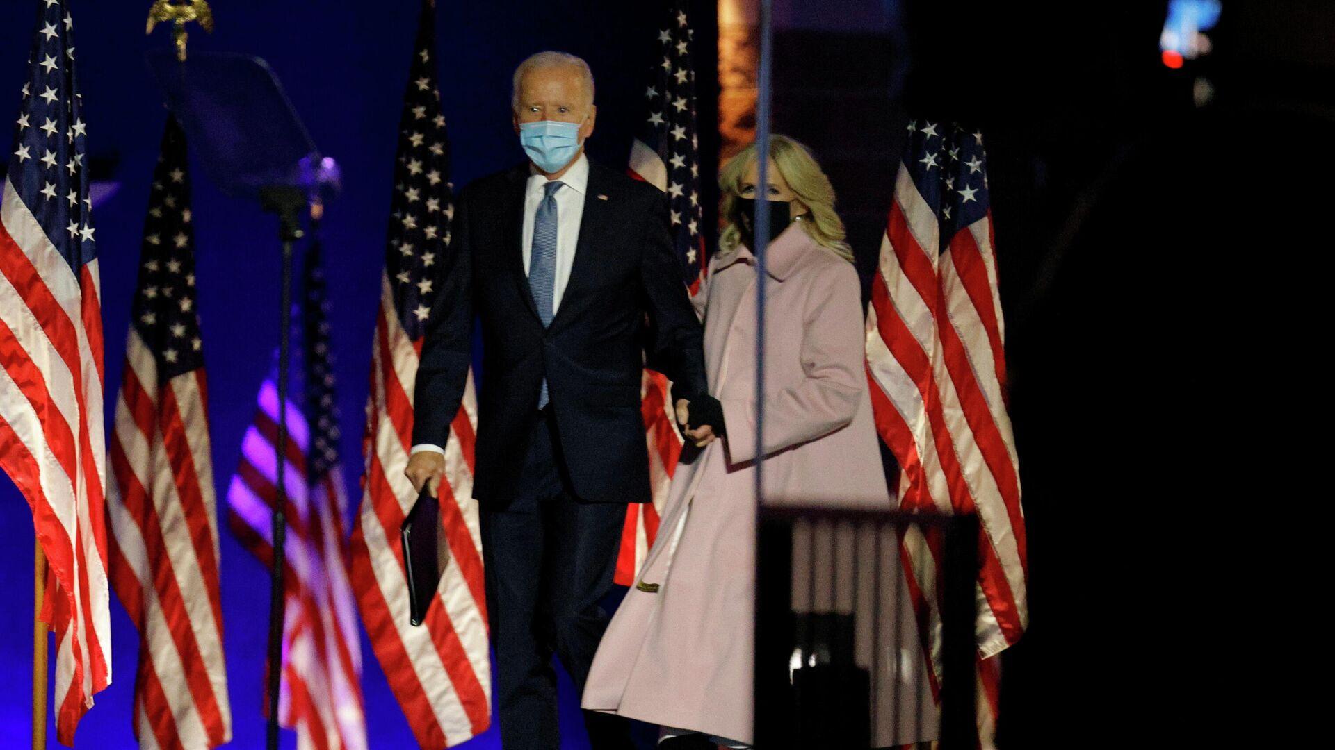 Кандидат в президенты США Джо Байден во время выступления в Уилмингтоне - РИА Новости, 1920, 04.11.2020