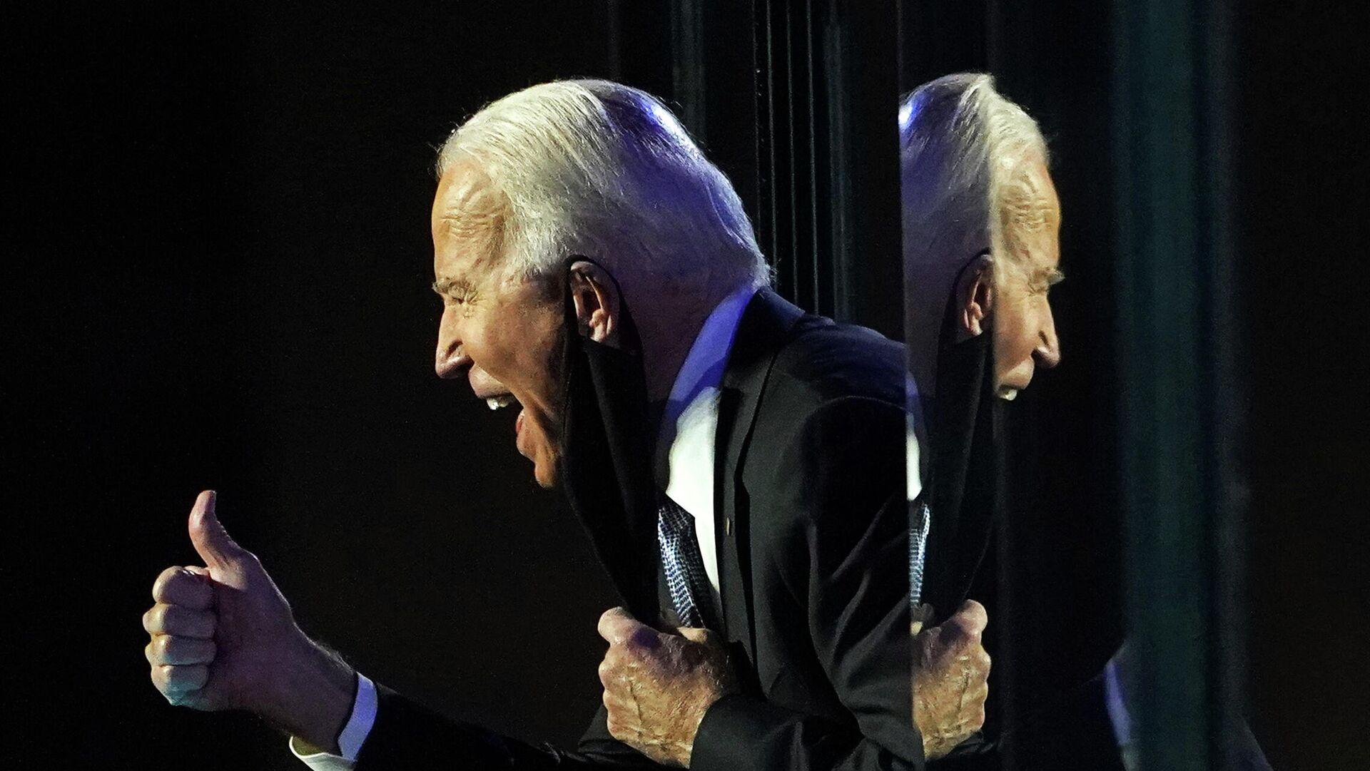 Кандидат в президенты США от Демократической партии Джо Байден выступает перед избирателями после того, как СМИ объявили, что Байден победил на выборах в США  - РИА Новости, 1920, 24.11.2020