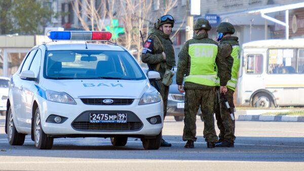 Патруль военной полиции на окраине Воронежа
