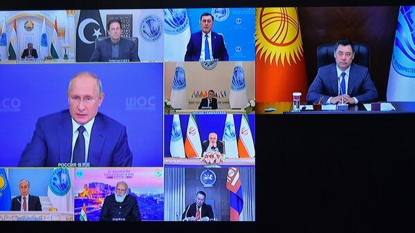 Участники заседания Совета глав государств - членов Шанхайской организации сотрудничества (ШОС)