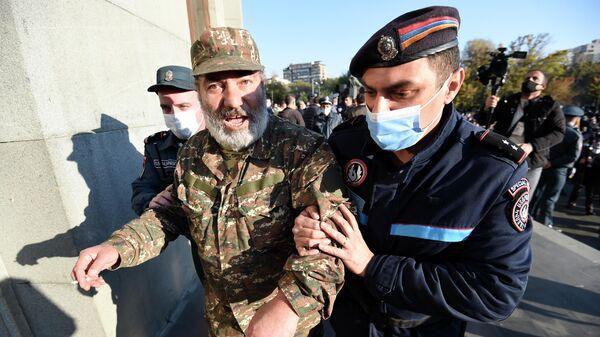Глава судебного совета Армении призвал судей не поддаваться давлению