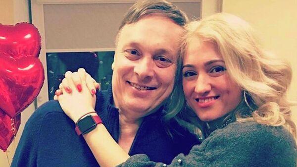 Андрей Разин с девушкой Ольгой