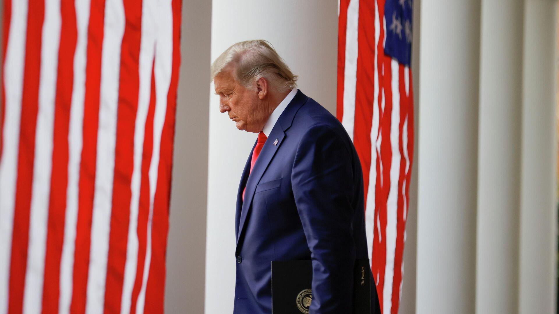 Президент США Дональд Трамп в Белом доме - РИА Новости, 1920, 07.12.2020
