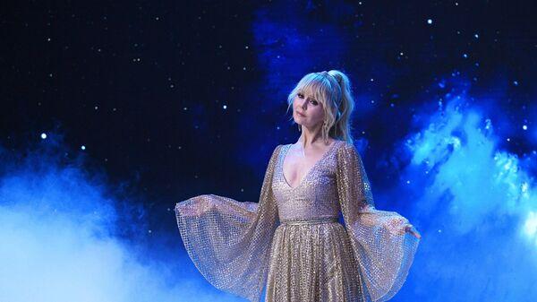 Певица Валерия на съемках новогодней программы
