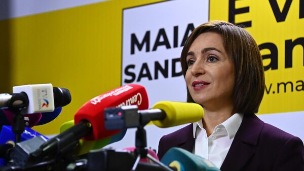 Майя Санду, победившая во втором туре на выборах президента Молдавии, во время брифинга в Кишиневе