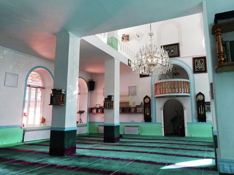 Красная мечеть в Больших Исадах (1900 г.)