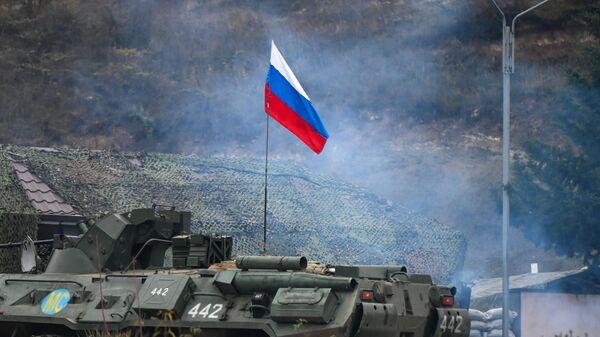 Блокпост российских миротворцев на автодороге в Лачинском коридоре