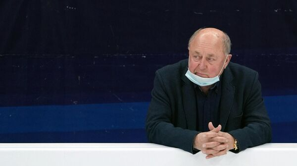 Тренер Алексей Мишин