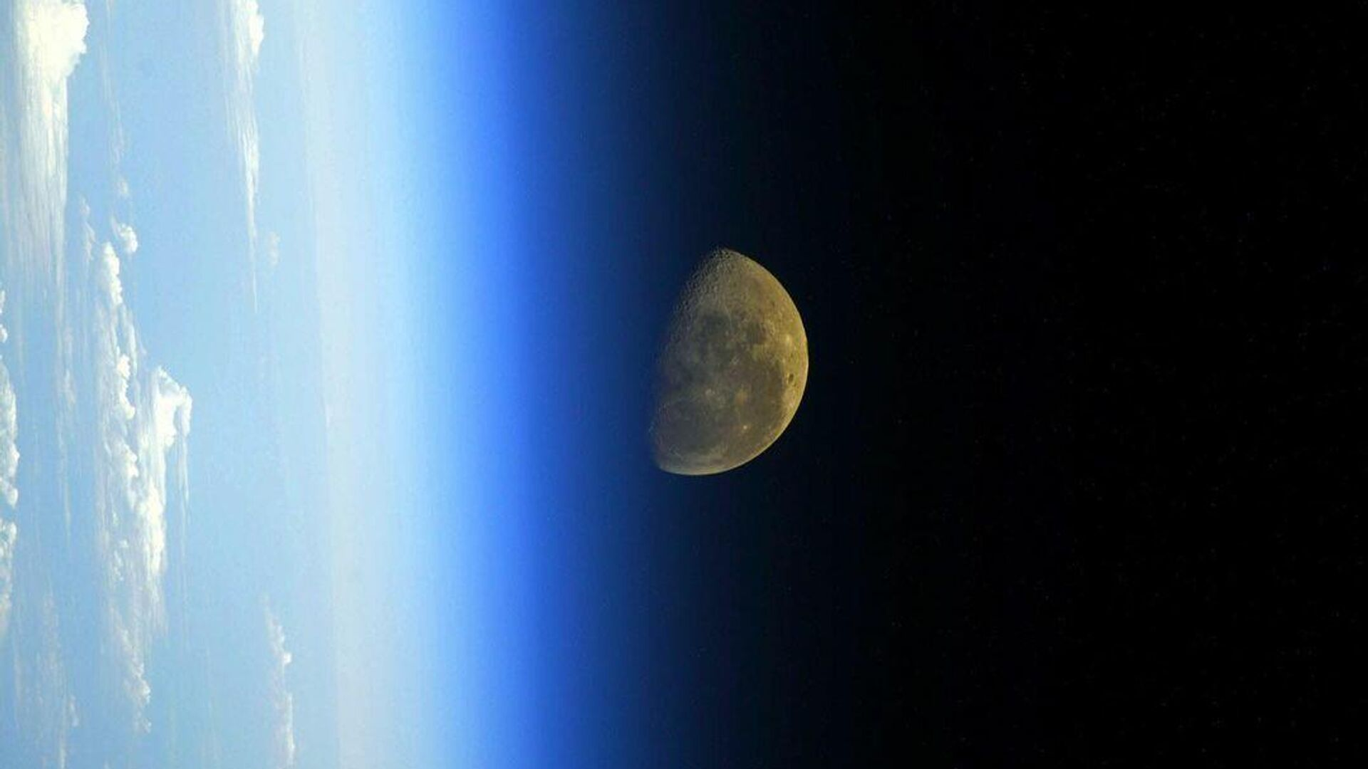 Найдено внезапное объяснение происхождения Луны