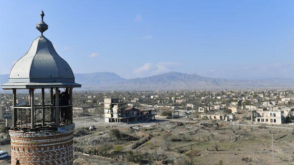 Вид на город Агдам с мечети Джума
