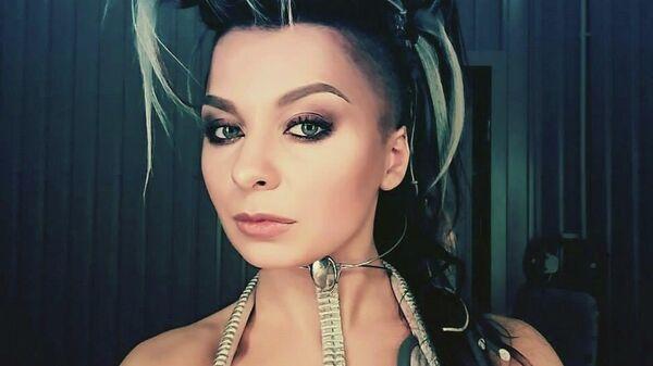 Украинская певица Кира Мазур