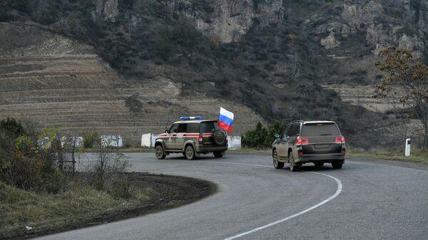 Российские миротворцы контролируют Лачинский коридор