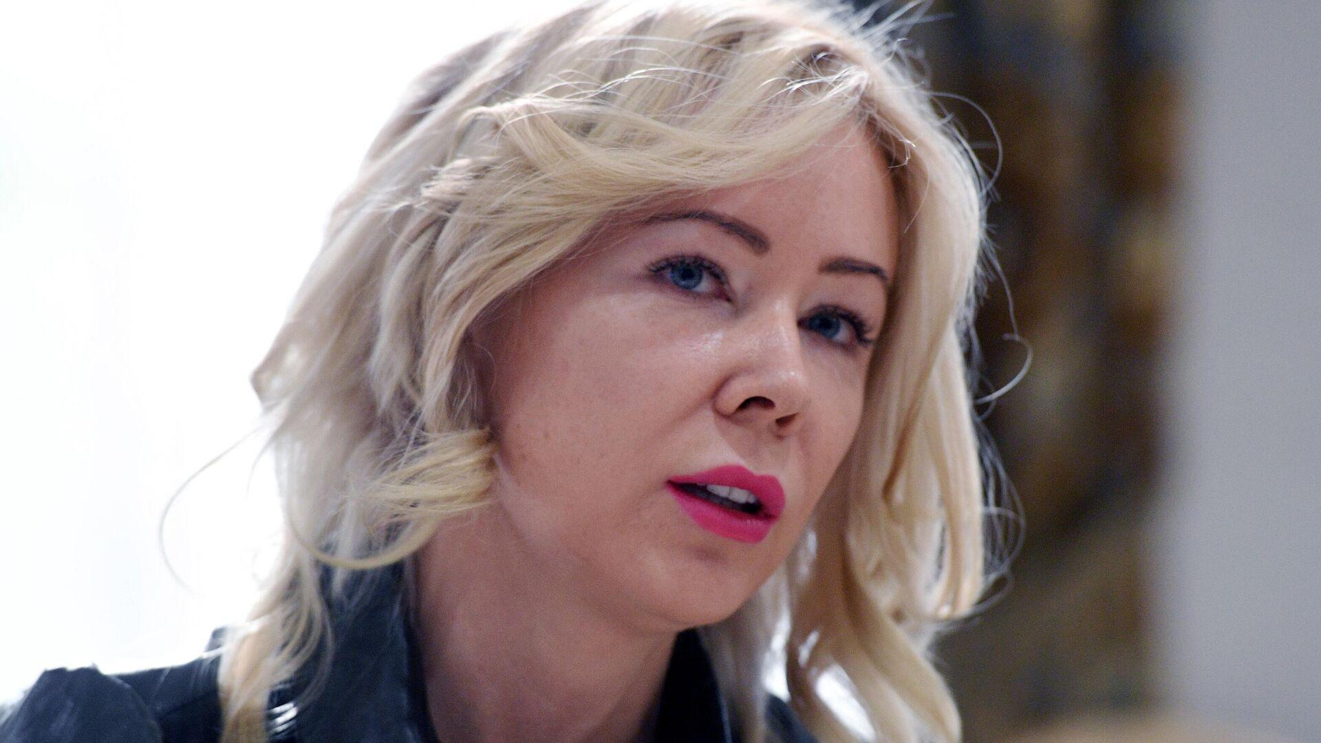 Член комиссии ОП РФ по развитию информационного сообщества, СМИ и массовых коммуникаций Екатерина Мизулина - РИА Новости, 1920, 12.03.2021