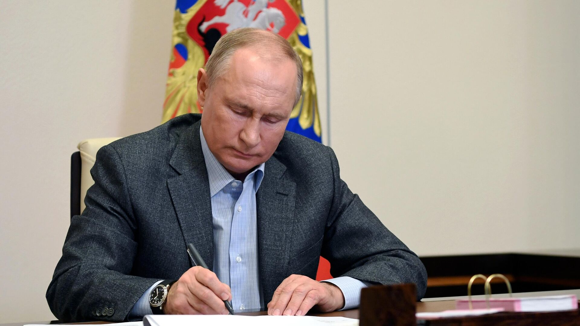 Президент России Владимир Путин - РИА Новости, 1920, 08.12.2020