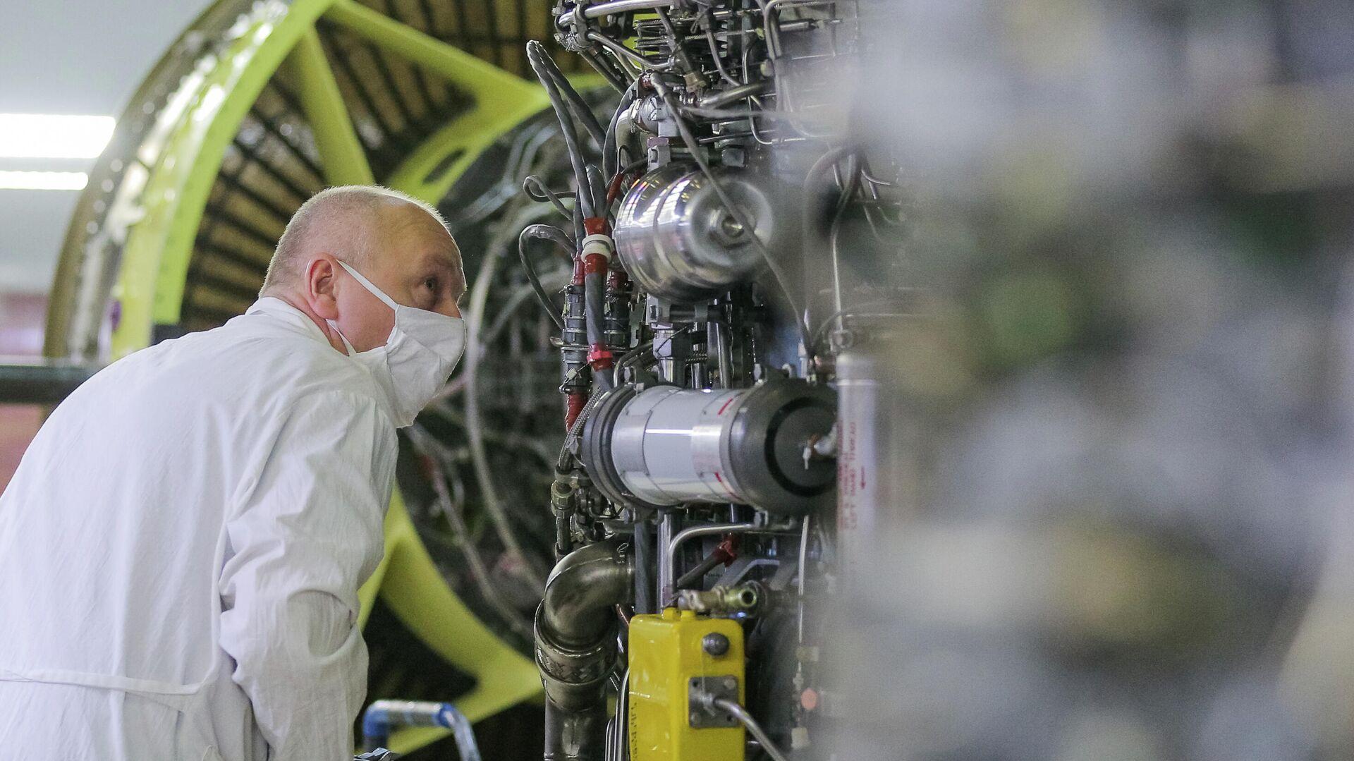 """В """"Ростехе"""" рассказали о планах по созданию гибридного авиадвигателя"""
