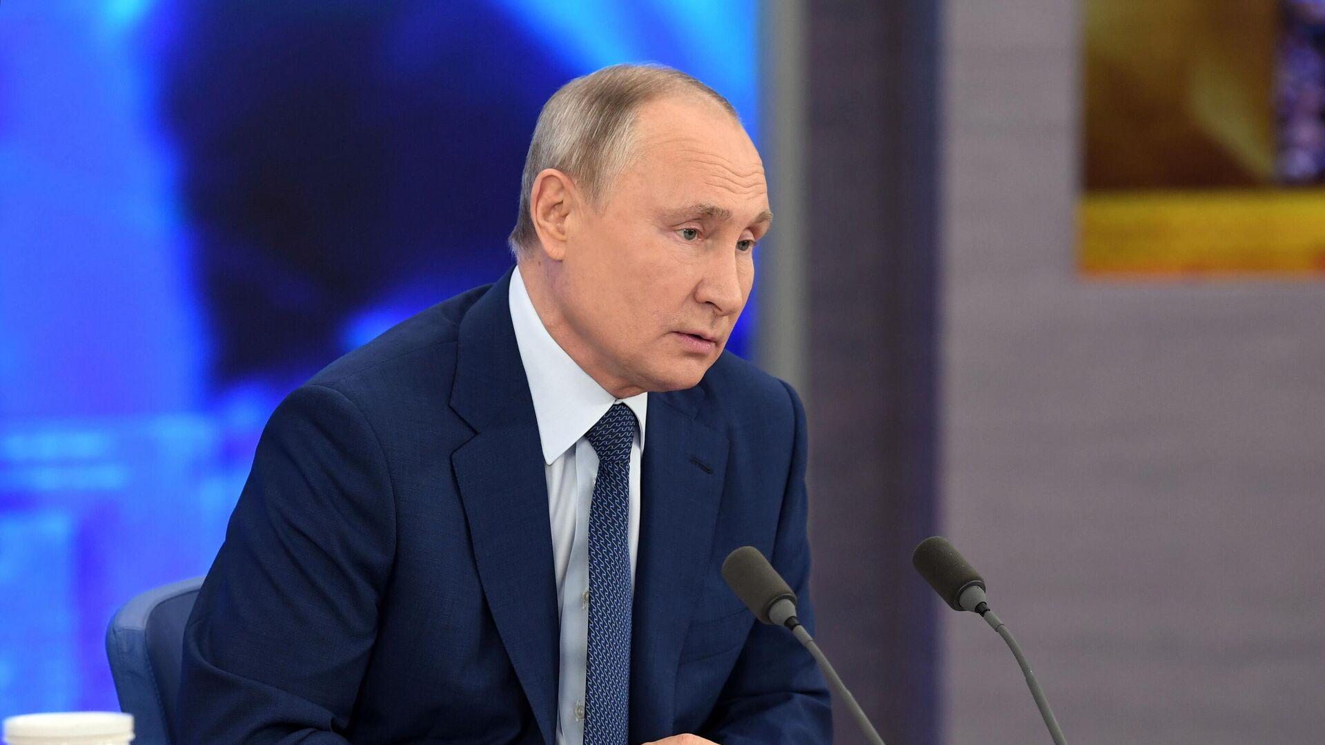 """В Кремле ответили на слухи о """"бункере Путина"""""""