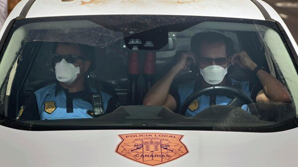 Сотрудники испанской полиции на Тенерифе
