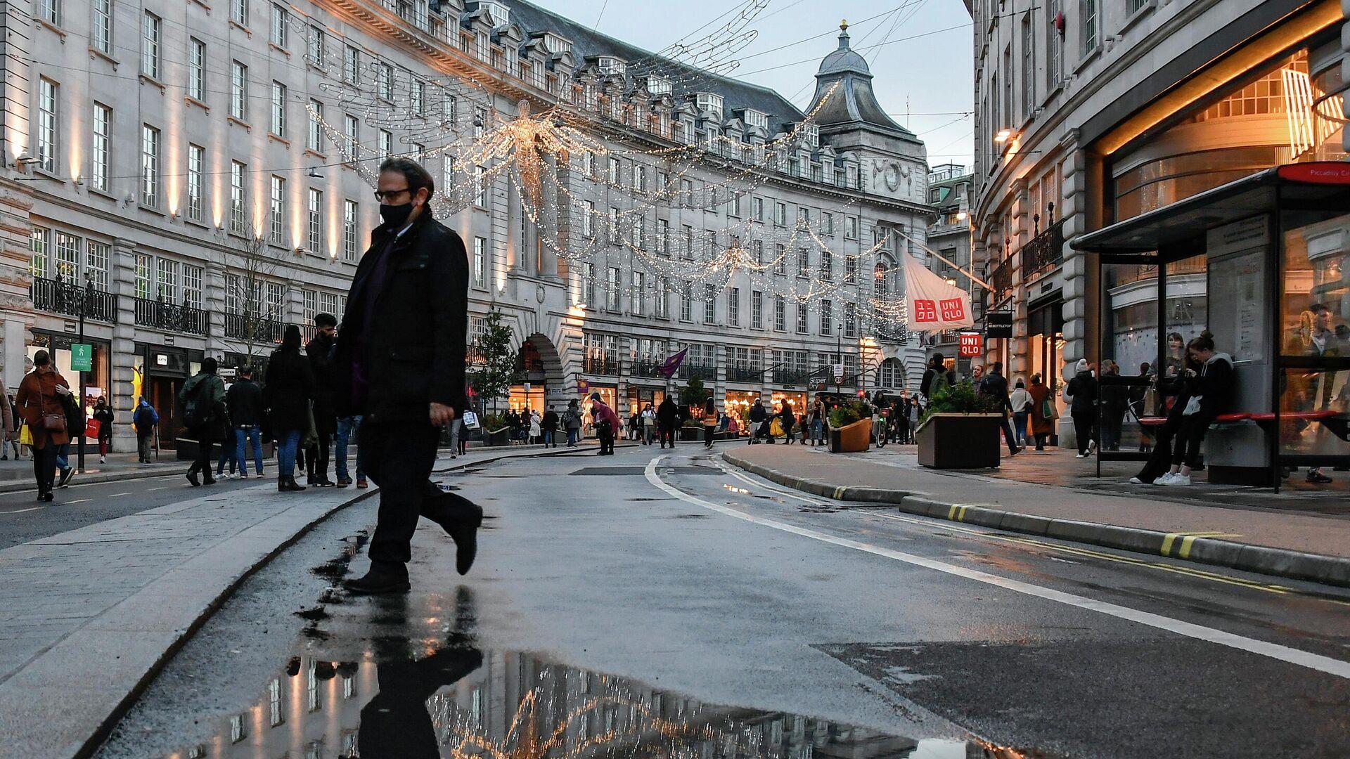Люди на Риджент-стрит в Лондоне - РИА Новости, 1920, 23.12.2020