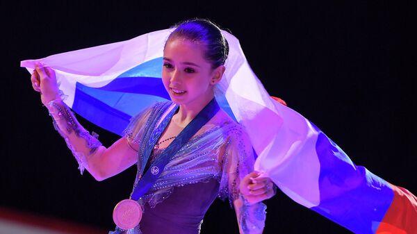 Камила Валиева (Россия), завоевавшая золотую медаль в женском одиночном катании на чемпионате мира среди юниоров в Таллине.