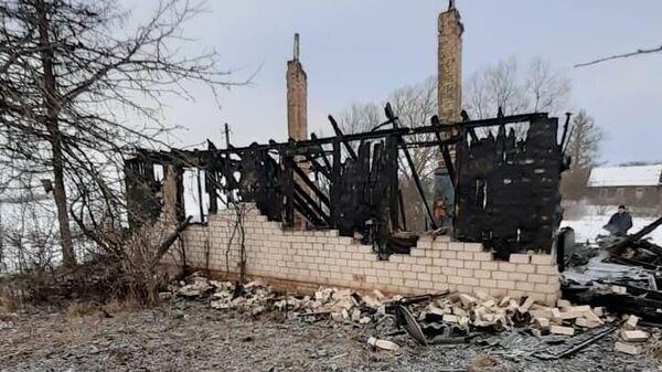 Последствия пожара в жилом доме, расположенном в д. Еремкино Великолукского района Псковской области