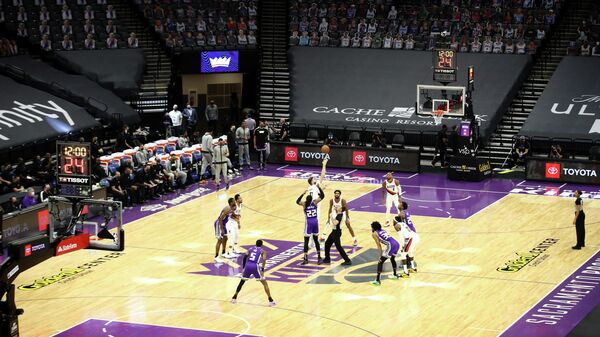 Игровой момент матча НБА Портленд Трэйл Блэйзерс - Сакраменто Кингз