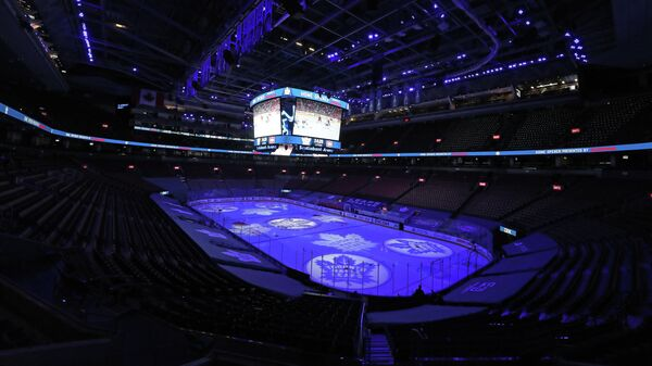 Начало матча НХЛ Монреаля - Торонто