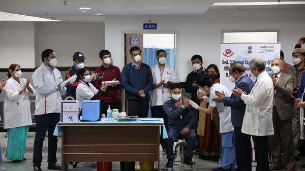 Старт масштабной вакцинации от коронавируса в Индии