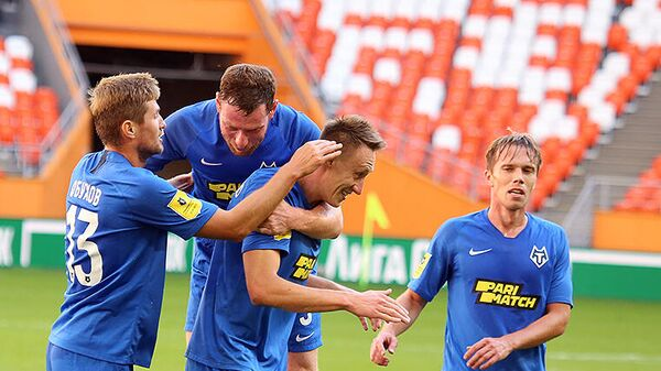 Футболисты Тамбова в матче РПЛ