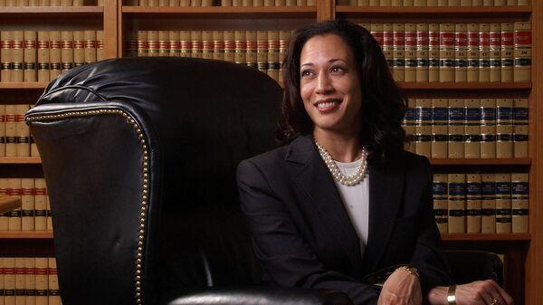 Окружной прокурор Сан-Франциско Камала Харрис. 2004 год