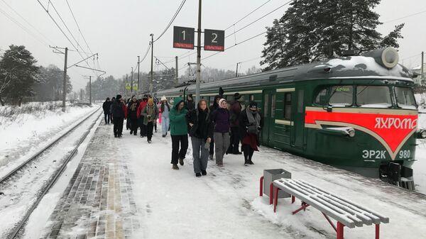 Ретропоезд Яхрома на ж/д станции Турист