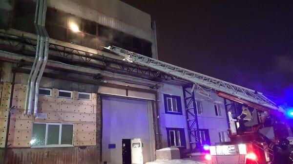 Пожар в производственном здании в Екатеринбурге