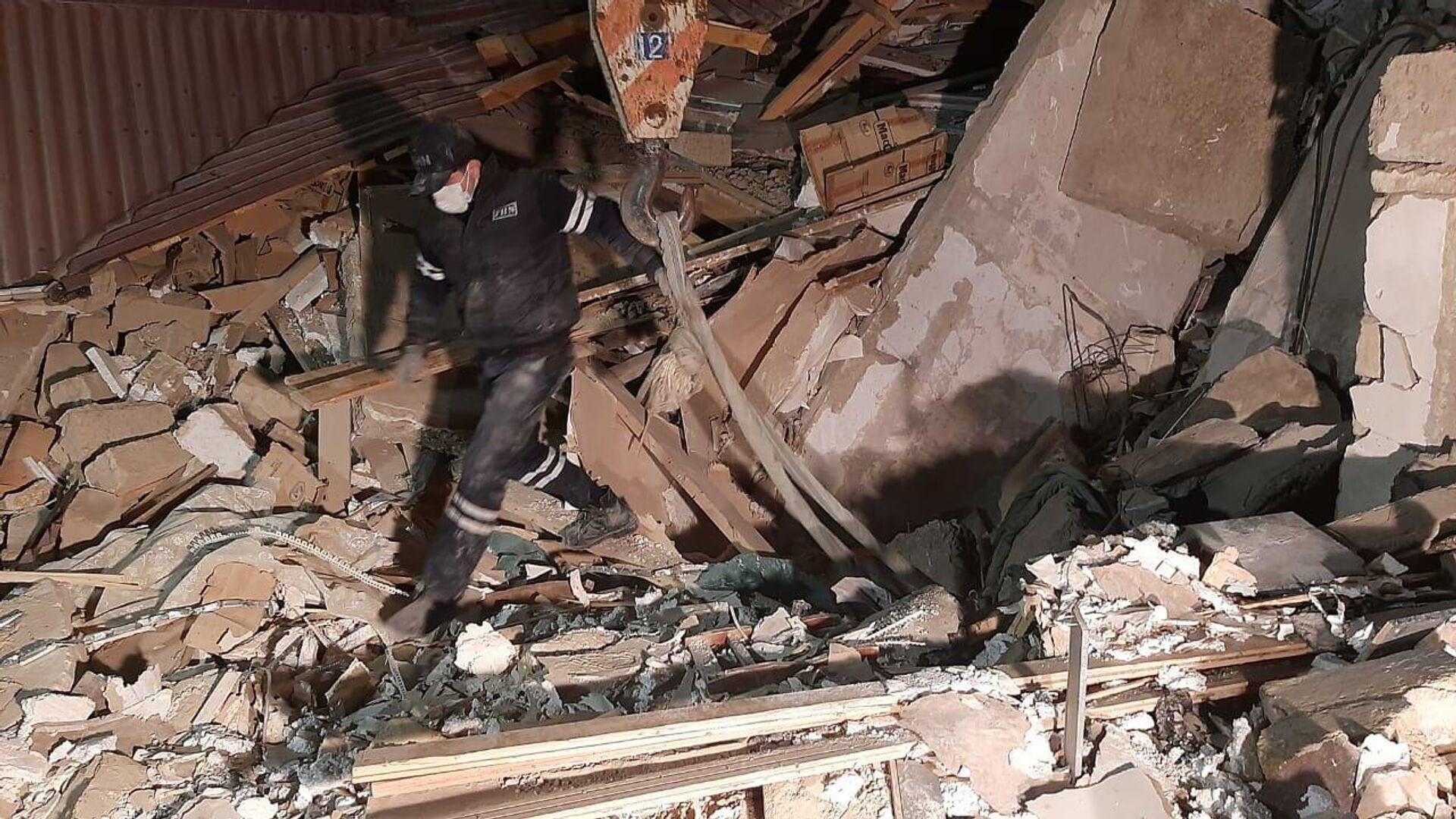 Последствия взрыва в городе Хырдалан в Азербайджане - РИА Новости, 1920, 25.01.2021