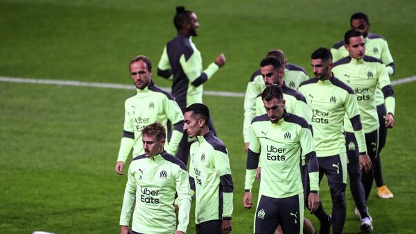 Marseille players take part in a training session at the Dragao stadium in Porto on November 2, 2020 on the eve of the UEFA Champions League football match between FC Porto and Olympique de Marseille. (Photo by CARLOS COSTA / AFP)