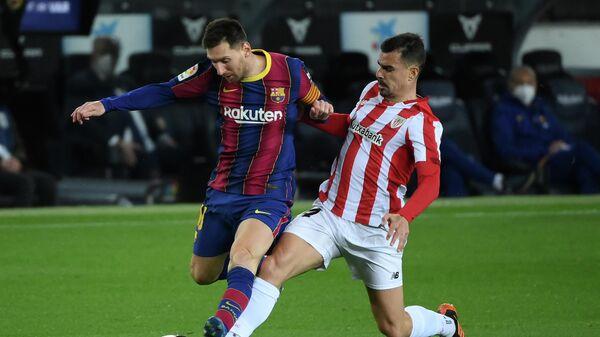 Нападающий Барселоны Лионель Месси в матче против Атлетика Бильбао