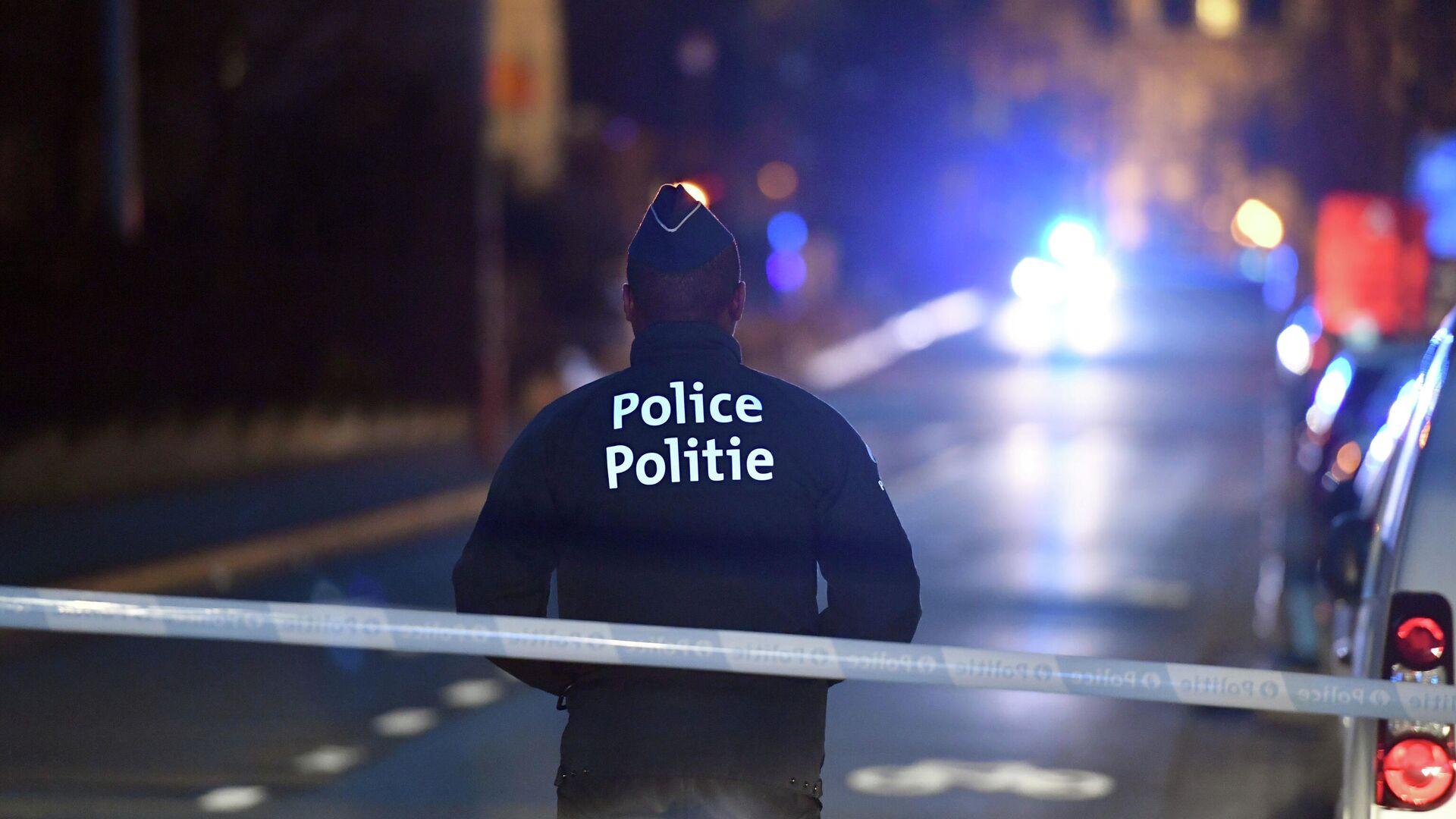 Полицейский в центре Брюсселя - РИА Новости, 1920, 01.02.2021