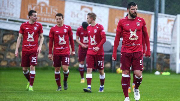 Футболисты Рубина во время контрольного матча