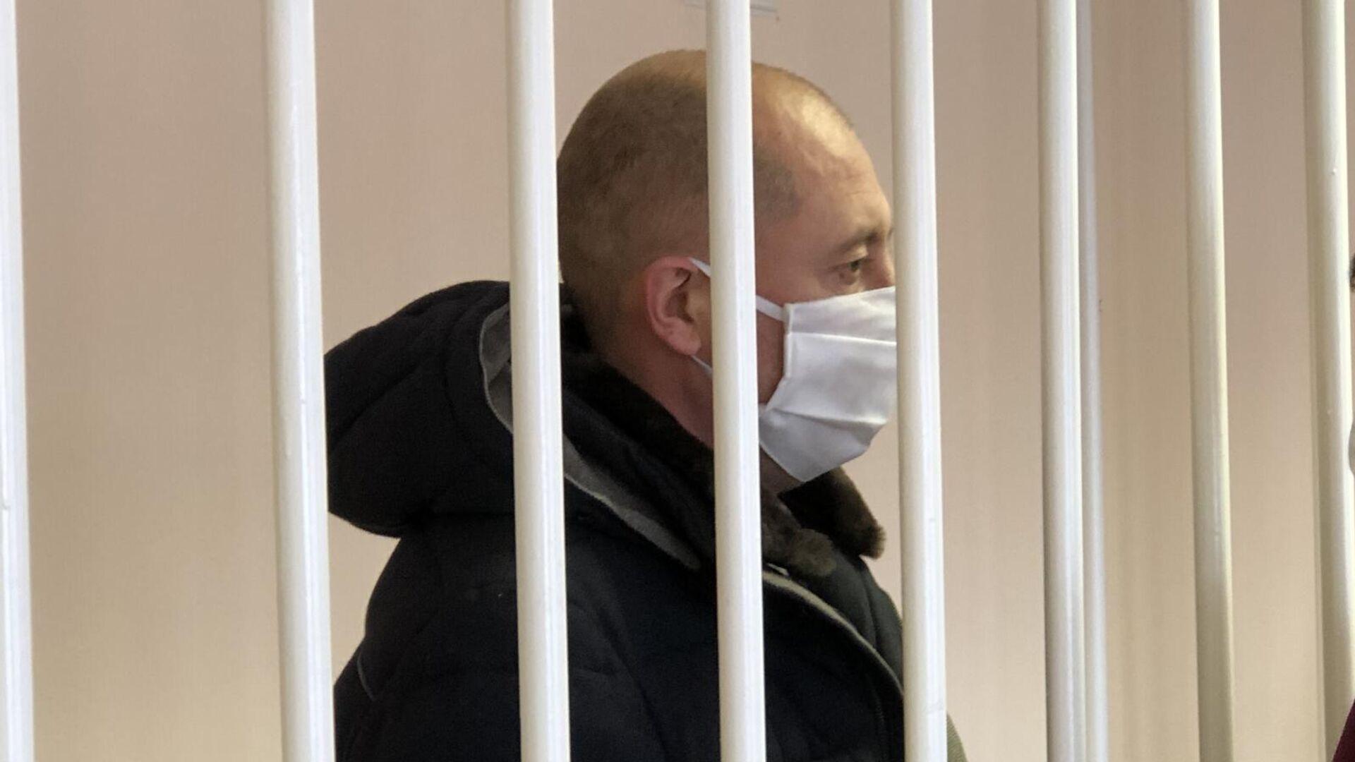 Житель Омска, обвиняемый в избиении детей, в суде - РИА Новости, 1920, 02.02.2021
