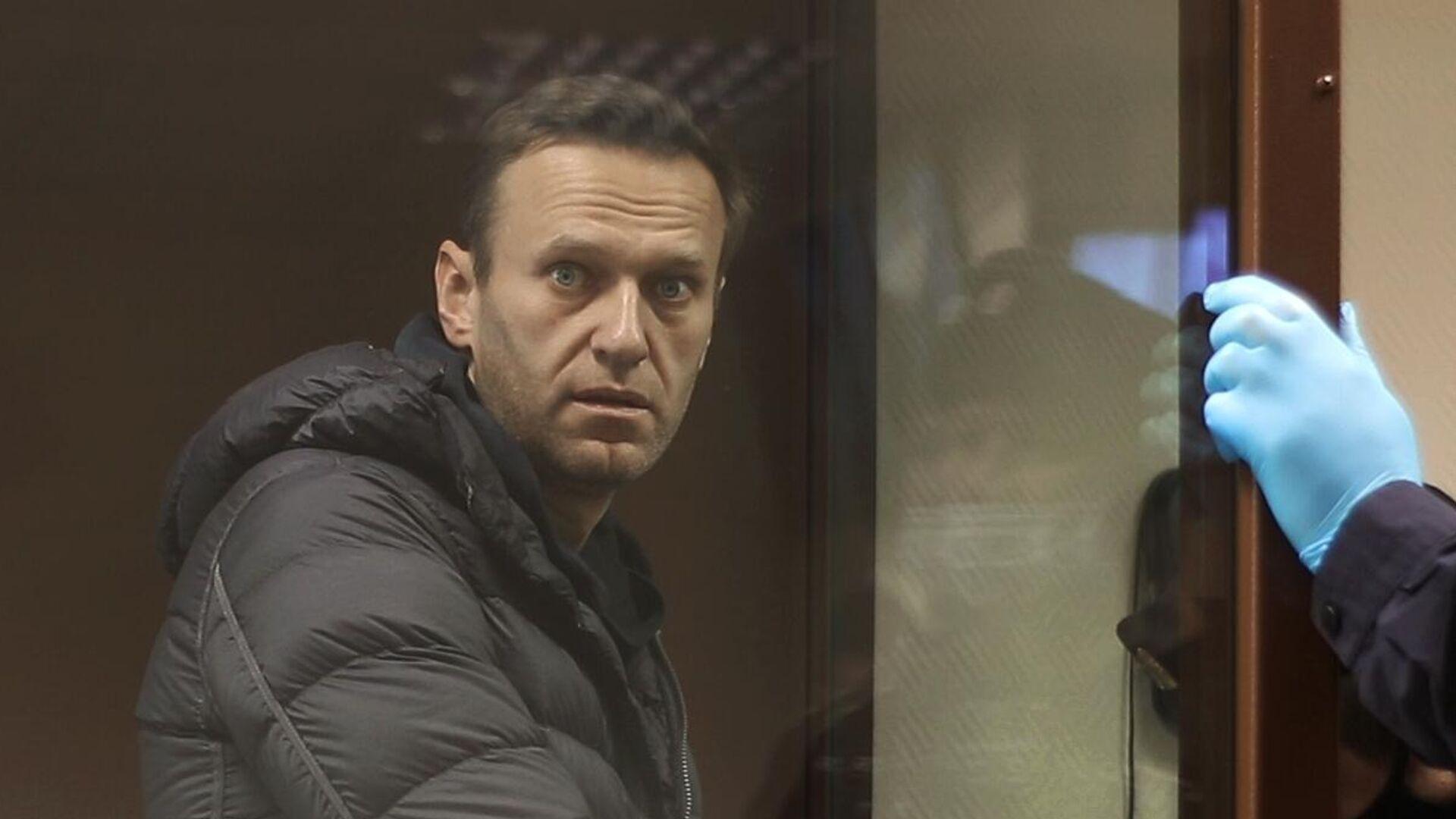 Алексей Навальный в зале Бабушкинского районного суда - РИА Новости, 1920, 06.02.2021
