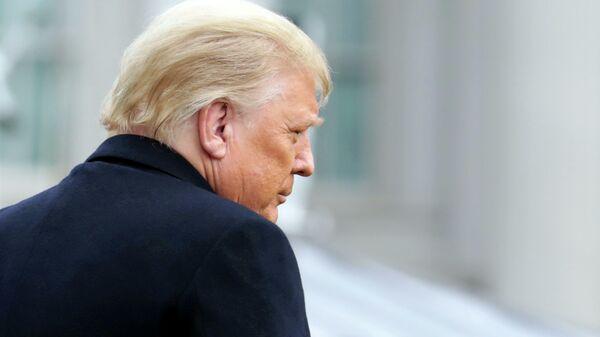И снова снятый 45-й. Для сената США Трамп опять стал президентом