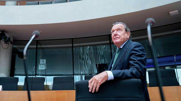 Председатель комитета акционеров Nord Stream AG Герхард Шредер