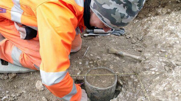 Объекты, обнаруженные на месте планируемого строительства подземного туннеля вблизи Стоунхеджа
