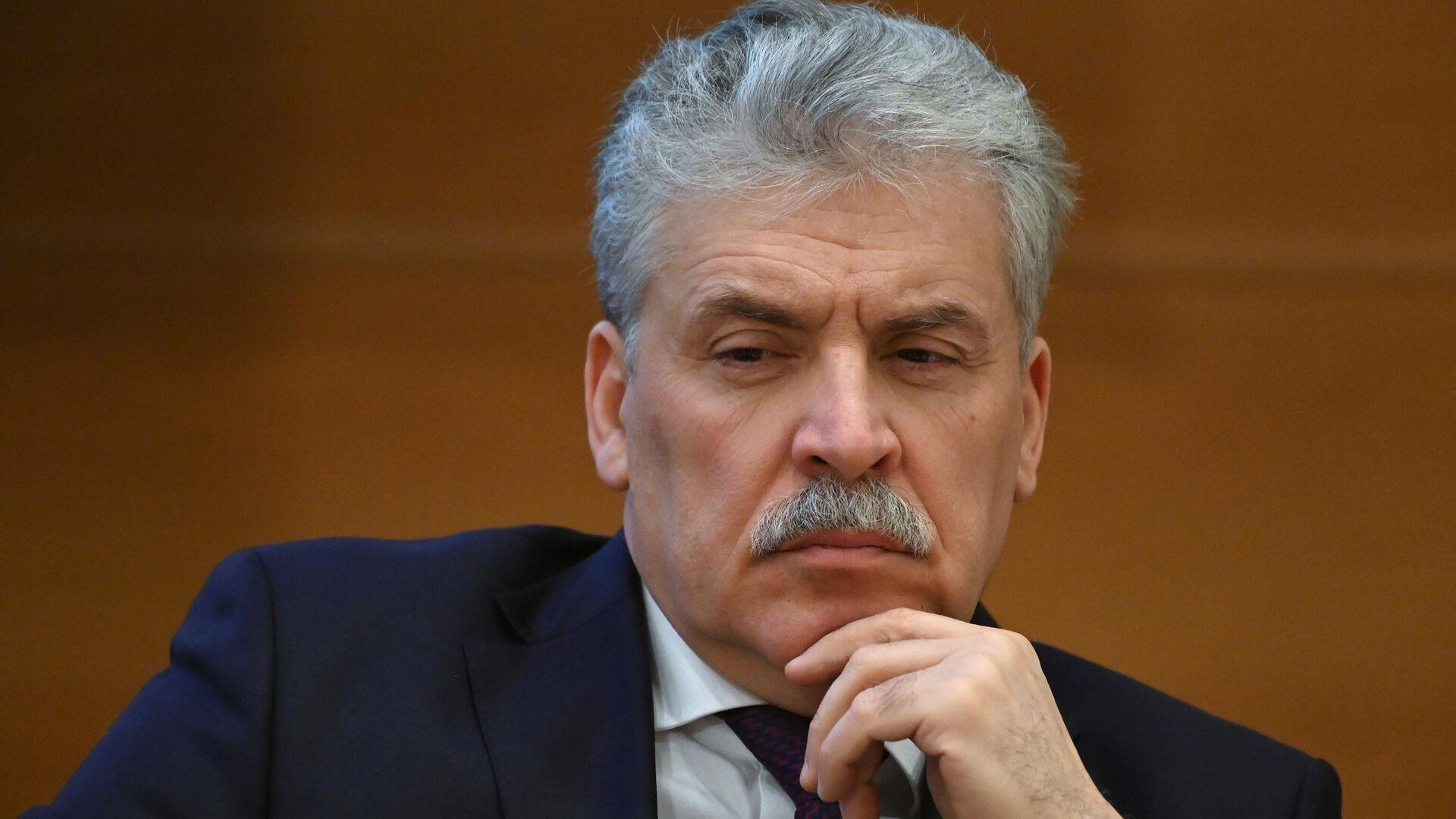 Зюганов пообещал ответить на исключение Грудинина из списка партии