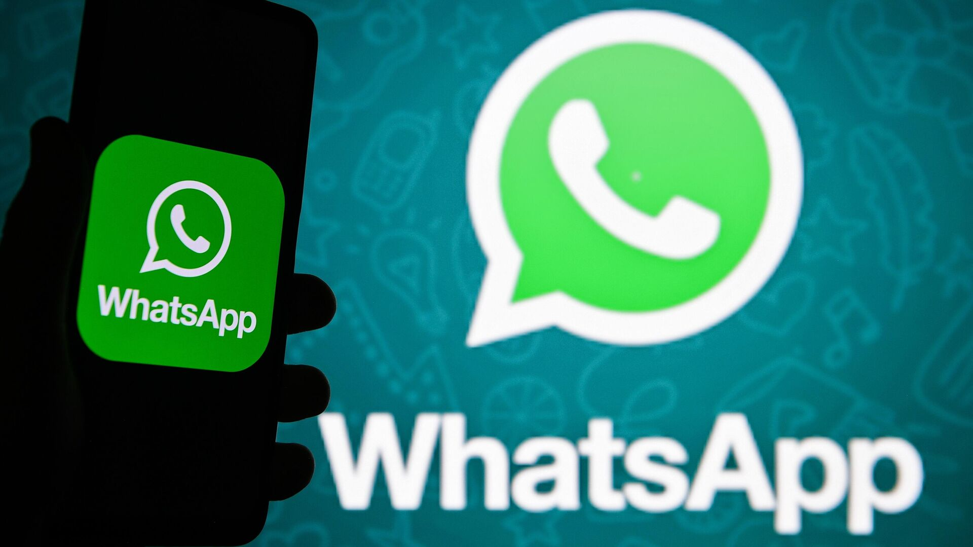 Логотип мессенджера WhatsApp - РИА Новости, 1920, 03.03.2021