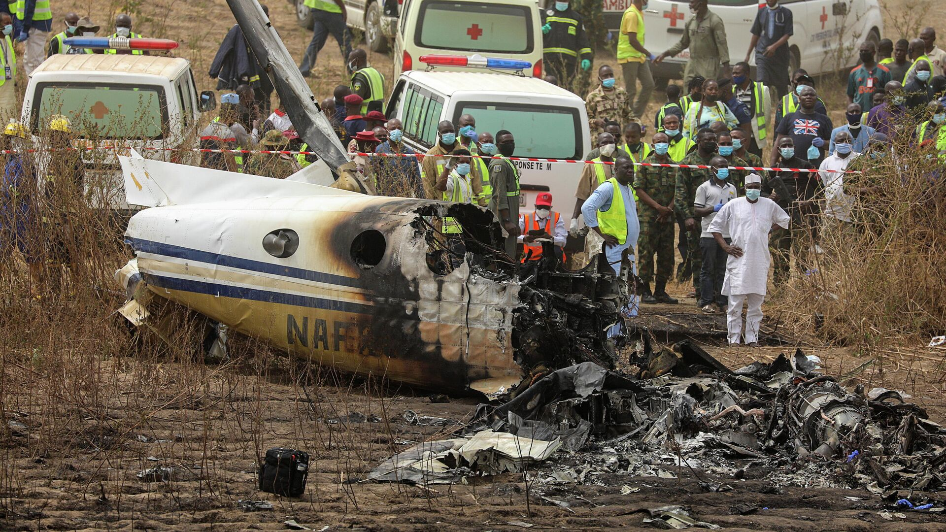 На месте крушения военного самолета в Абудже, Нигерия - РИА Новости, 1920, 21.02.2021