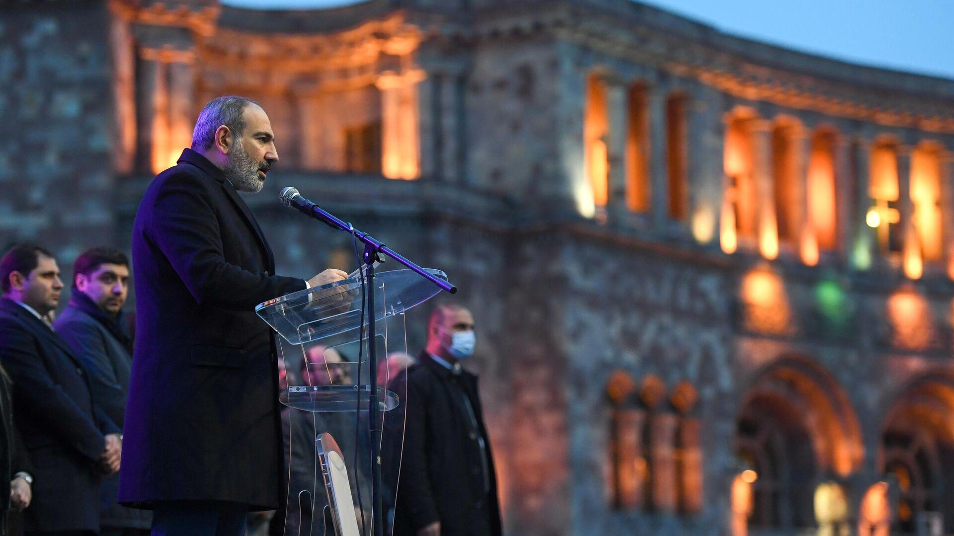 Премьер-министр Никол Пашинян выступает перед своими сторонниками в Ереване - РИА Новости, 1920, 21.06.2021