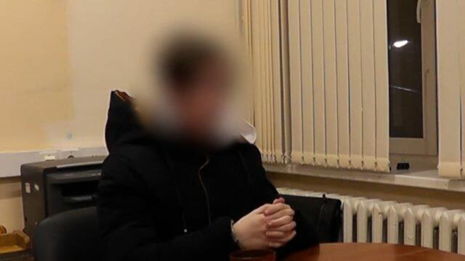 Показания подростка, подозреваемого в убийстве своей семьи. Кадры СК РФ - РИА Новости, 1920, 04.03.2021