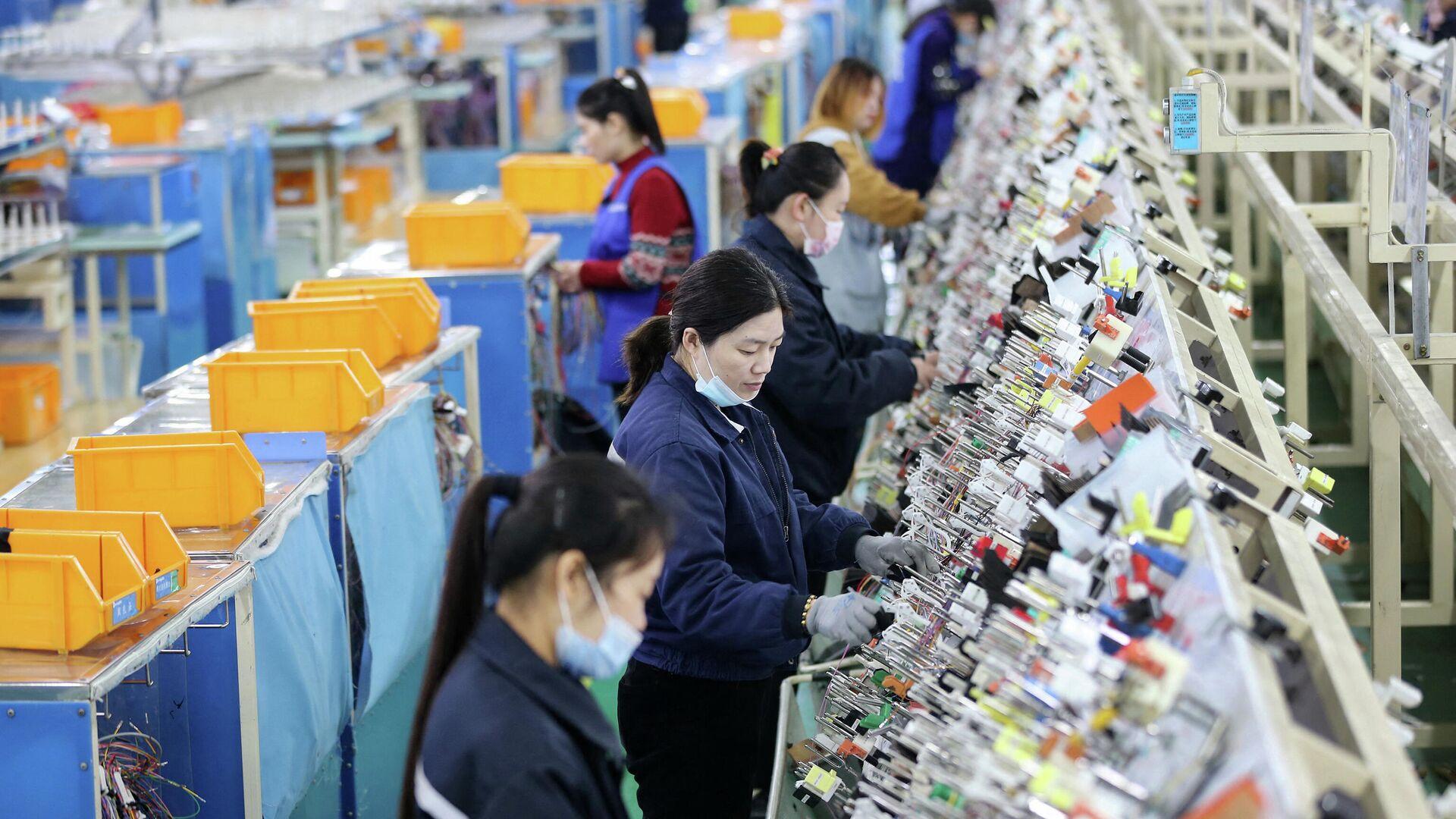 Индекс цен производителей в КНР вырос в феврале на 1,7%
