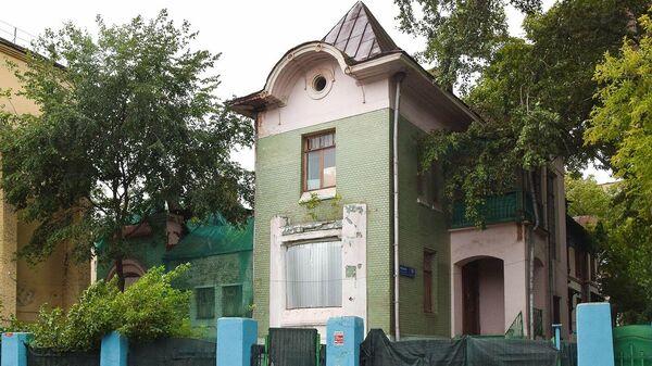 Дом купца Мельникова в Москве