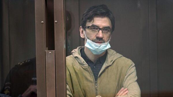 Михаил Абызов в зале заседаний Московского городского суда