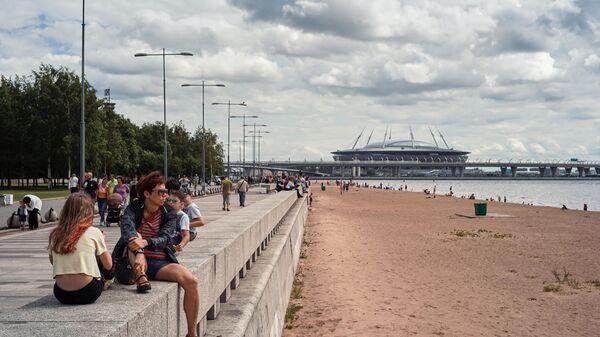 Вид на Зенит-арену и Васильевский остров со стороны парка 300-летия Санкт-Петербурга